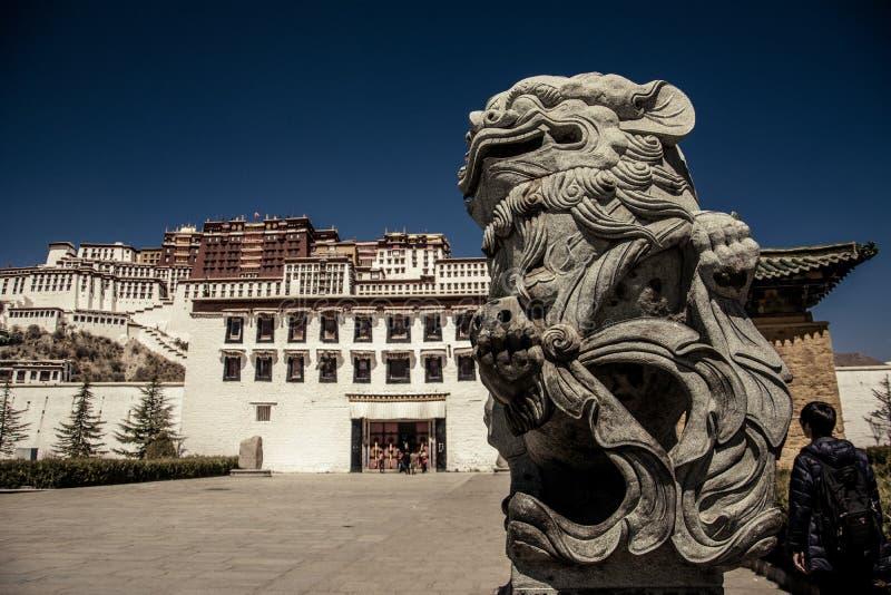Дворец Тибета Potala стоковое фото rf