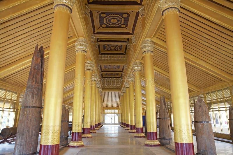 Дворец Bago золотой стоковое изображение rf