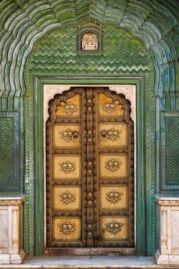 Дворец Chandra Mahal, дворец города в Джайпуре, Раджастхане в Индии стоковые изображения
