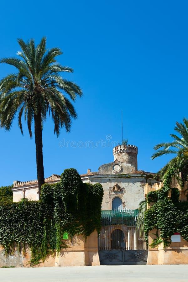 Download Дворец Desvalls на парке лабиринта Horta Стоковое Изображение - изображение насчитывающей город, завод: 33737133