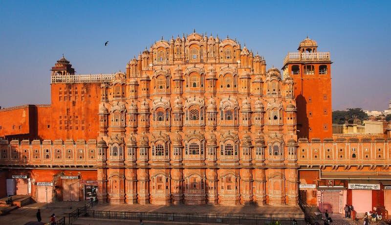 Дворец Hawa Mahal, дворец ветров в Джайпуре, Раджастхане, Индии стоковые изображения rf