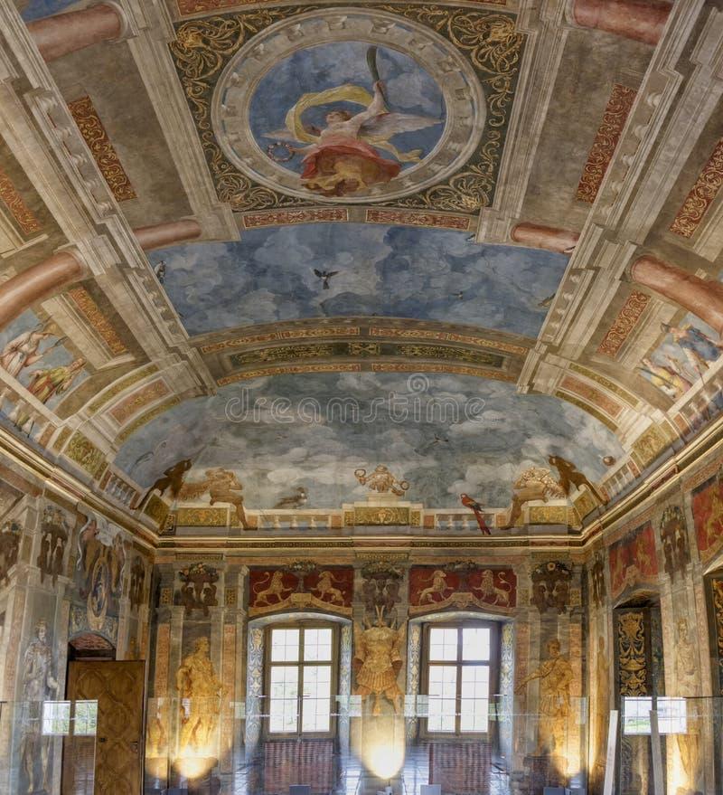 Download Дворец Hellbrunn стоковое фото. изображение насчитывающей европа - 40579086