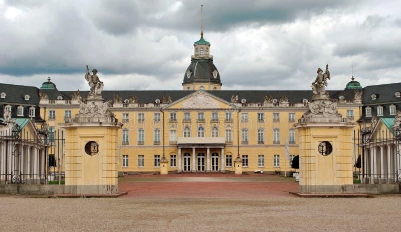 дворец karlsruhe стоковые изображения rf