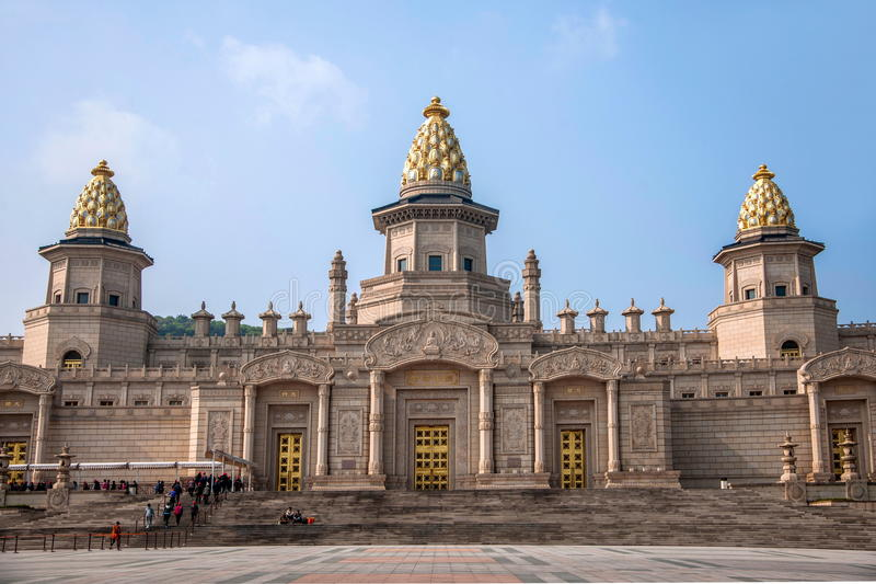 Дворец Lingshan Ватикана в горе Lingshan стоковые изображения