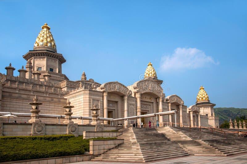 Дворец Lingshan Ватикана в горе Lingshan стоковое фото