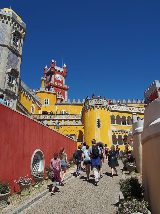 Дворец Pena в sintra Португалии стоковые изображения rf