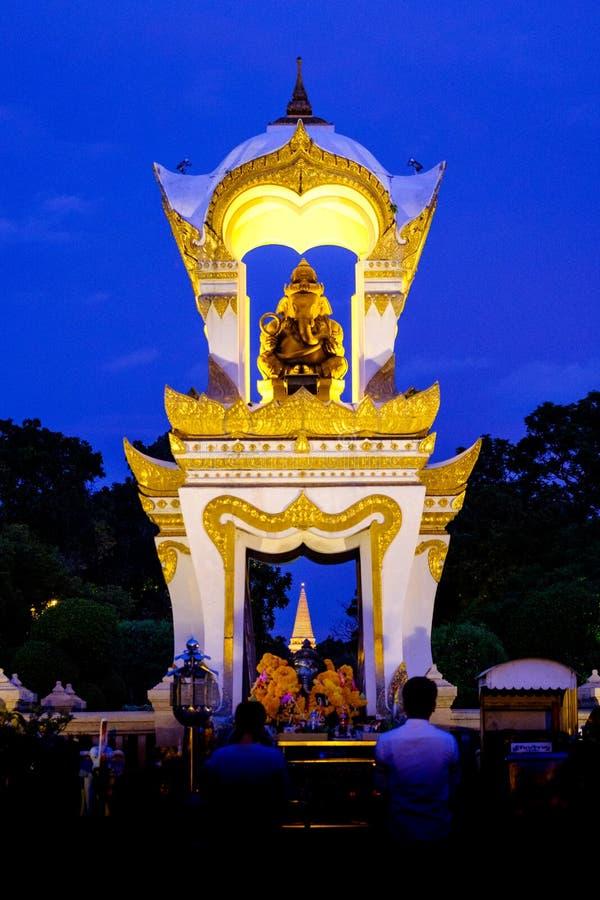 Дворец Sanamchan в Nakornpathom, Таиланде, был красив с c стоковое фото rf