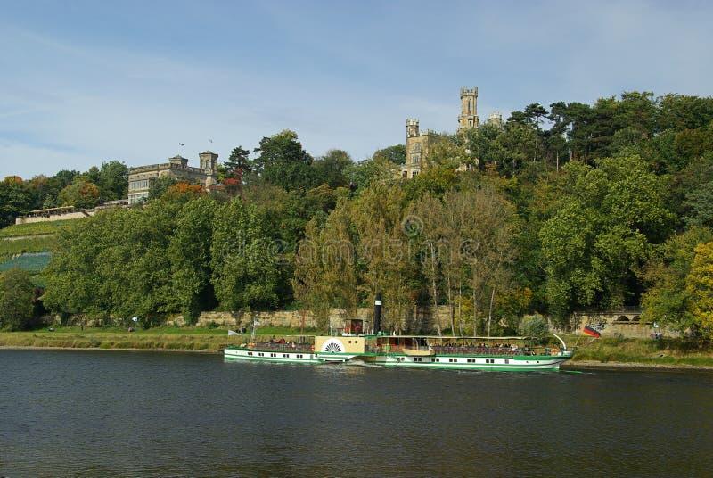 Дворцы Дрезден на реке Elbe стоковая фотография rf