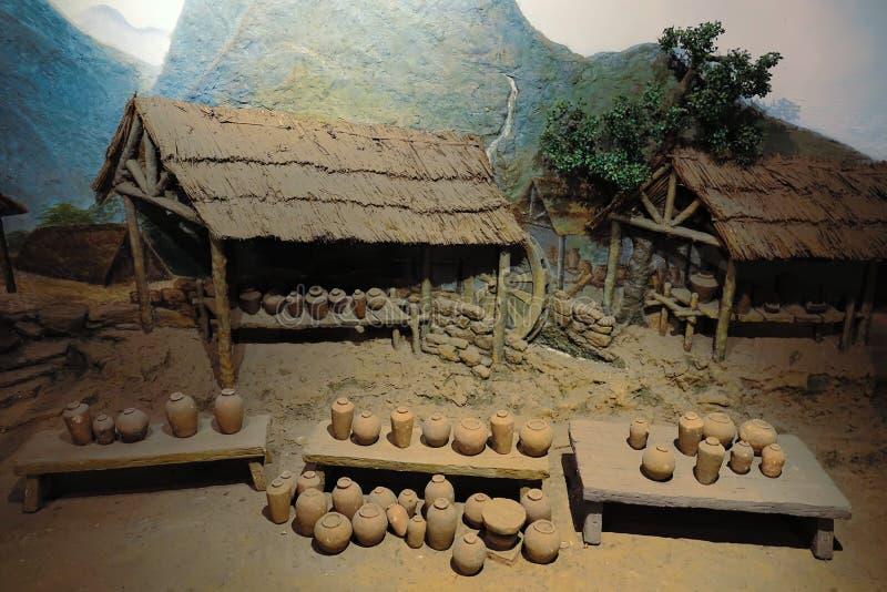 Двор архаической гончарни изготовляя стоковые фото