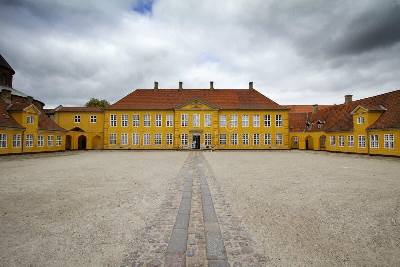 Двор дворца стоковые фото