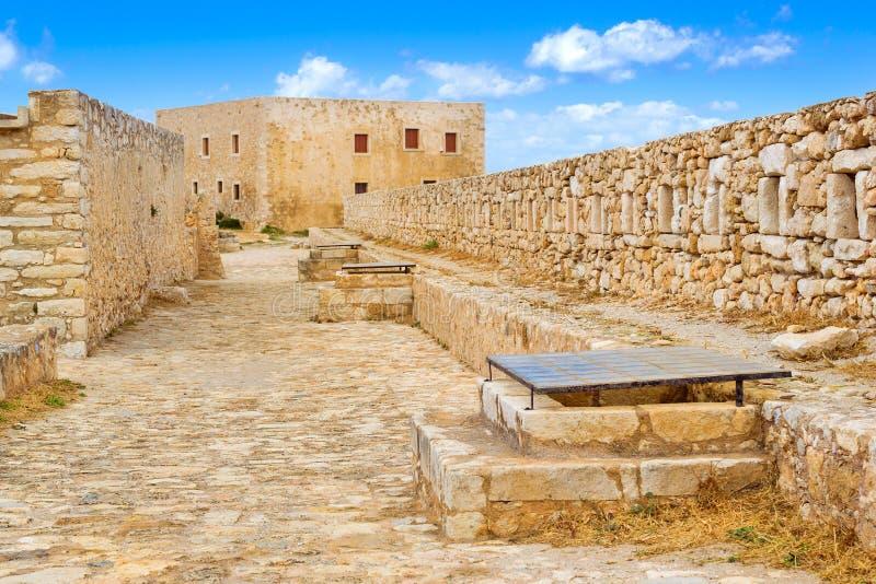 Двор & городища, замок Fortezza, Крит стоковые фотографии rf