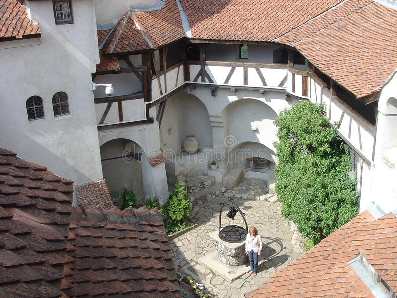 двор замока стоковое изображение rf