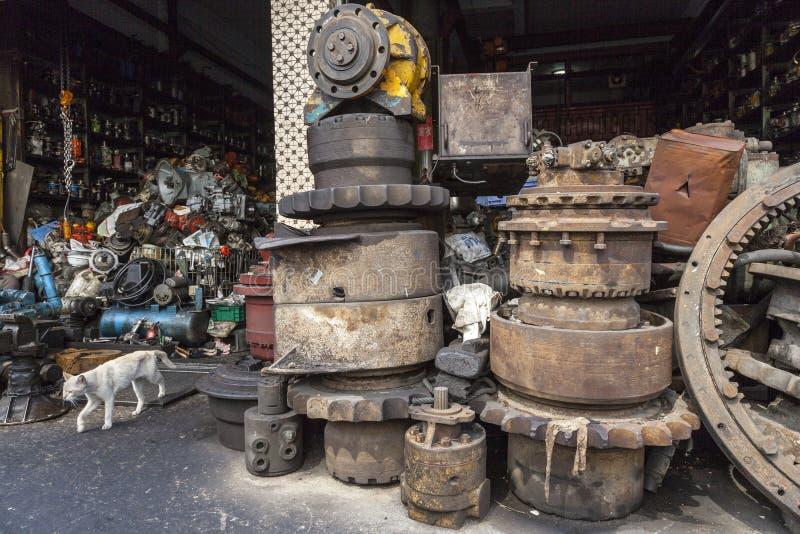 Двор металлолома стоковое изображение rf