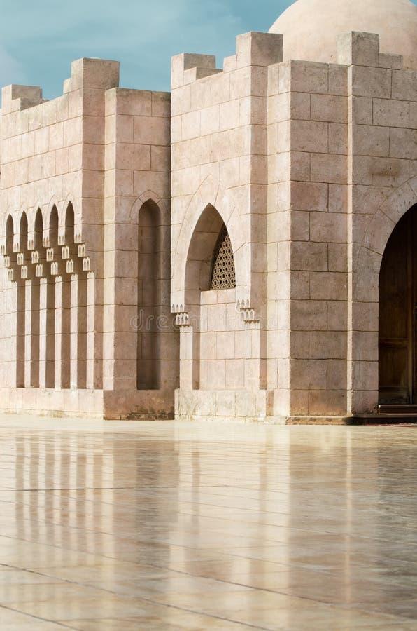 Двор мечети El Mustafa в Sharm El Sheikh Египет стоковые фото