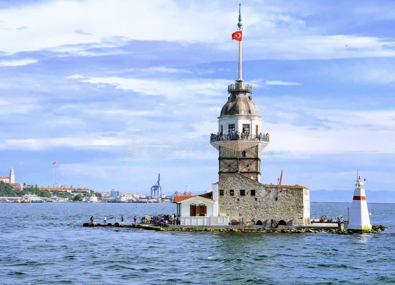 Девичья башня ` s kulesi kiz в Стамбуле, Турции стоковая фотография rf