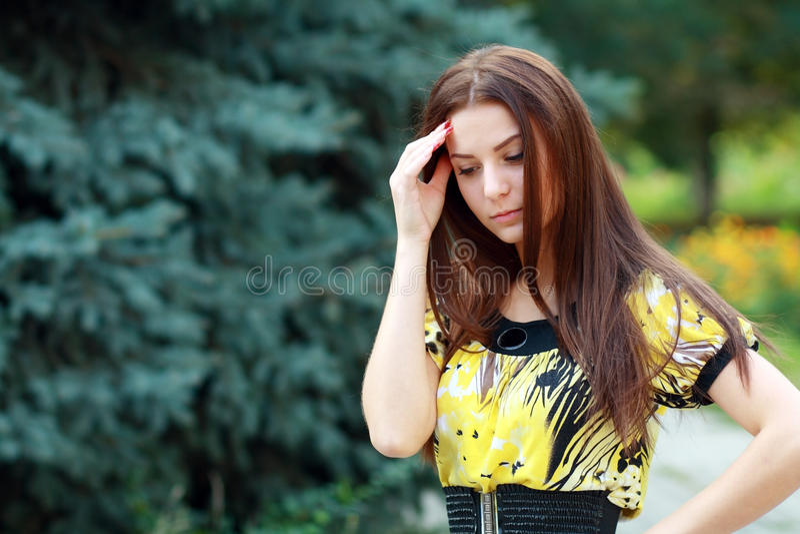 Download Девочка-подросток стоковое фото. изображение насчитывающей сторона - 33731014