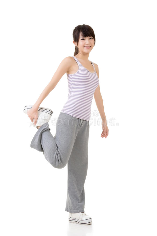 Download Девушка азиата фитнеса стоковое изображение. изображение насчитывающей японско - 37925579