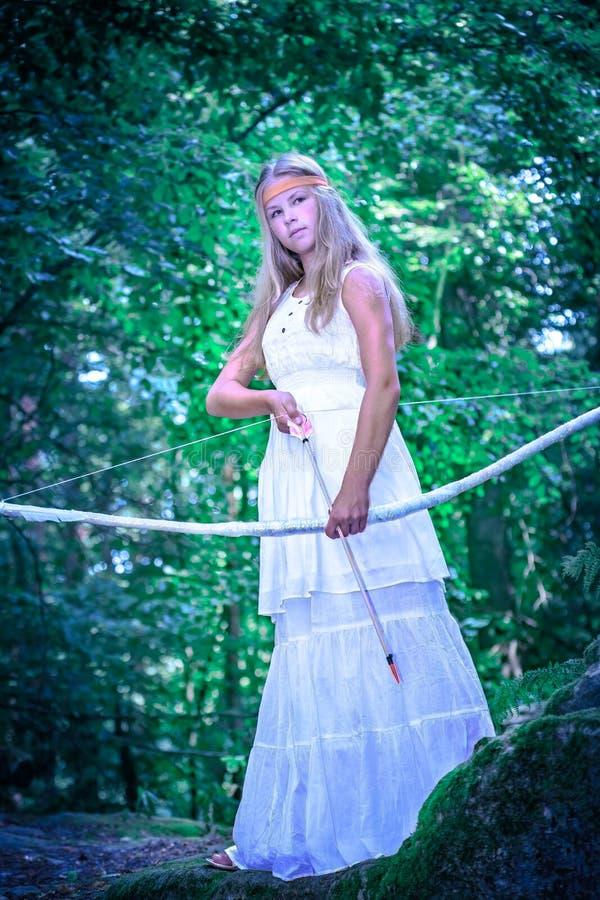 Девушка Амазонки стоковые фотографии rf