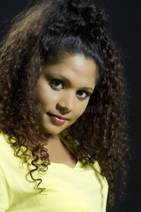 девушка афроамериканца красивейшая стоковое фото rf
