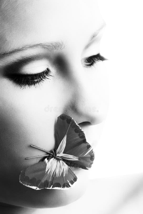девушка бабочки стоковое фото