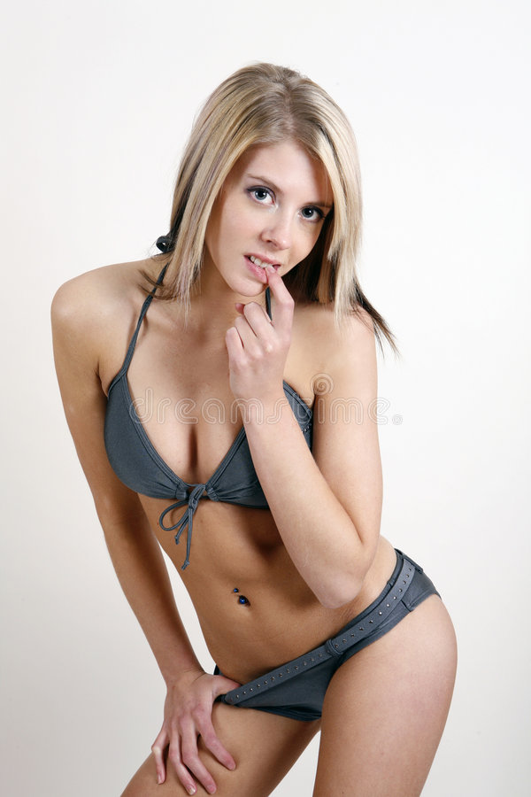 девушка бикини стоковые фото