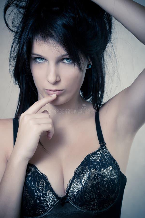 девушка брюнет стоковое фото rf