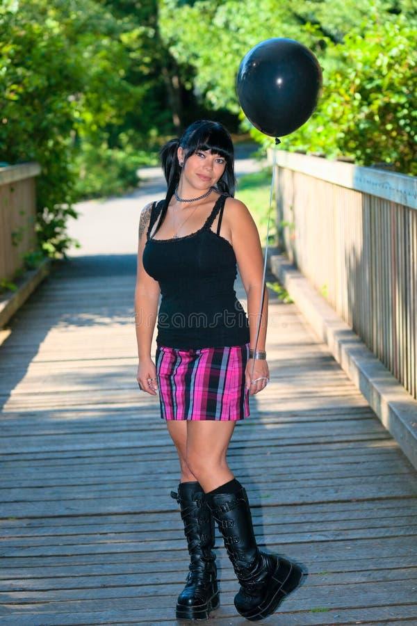 девушка воздушного шара черная стоковая фотография