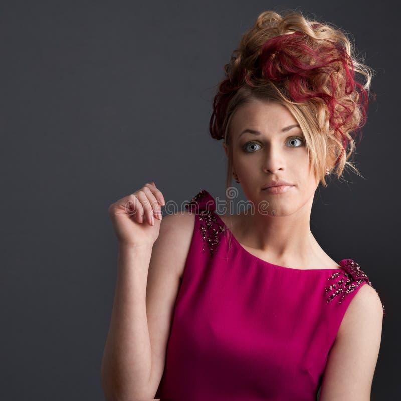 Download Девушка в красном платье стоковое фото. изображение насчитывающей элегантность - 41652234