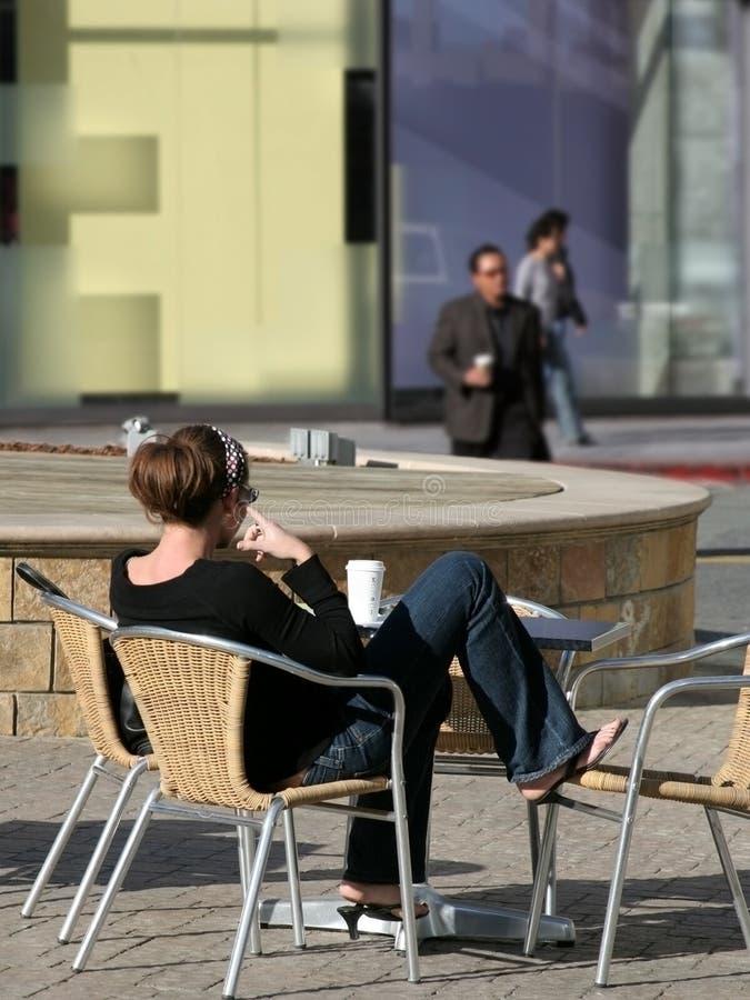 Download девушка города стоковое фото. изображение насчитывающей славно - 80394
