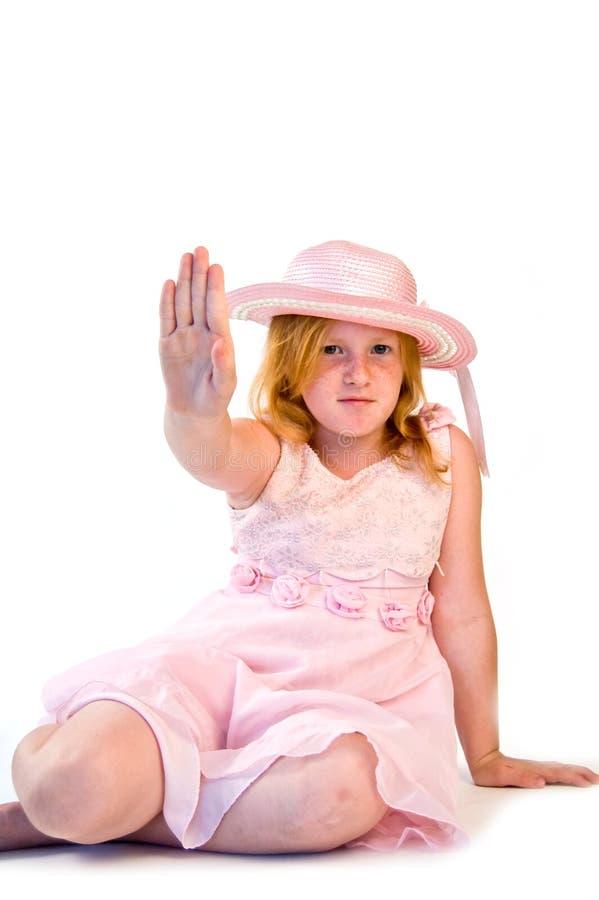 девушка делая знак остановить стоковое изображение rf