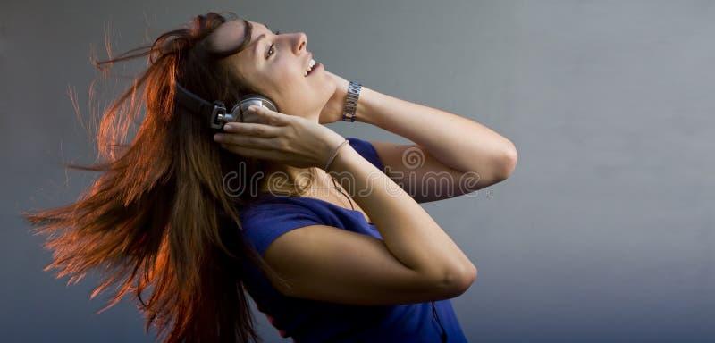 девушка диско диск-жокея стоковая фотография rf