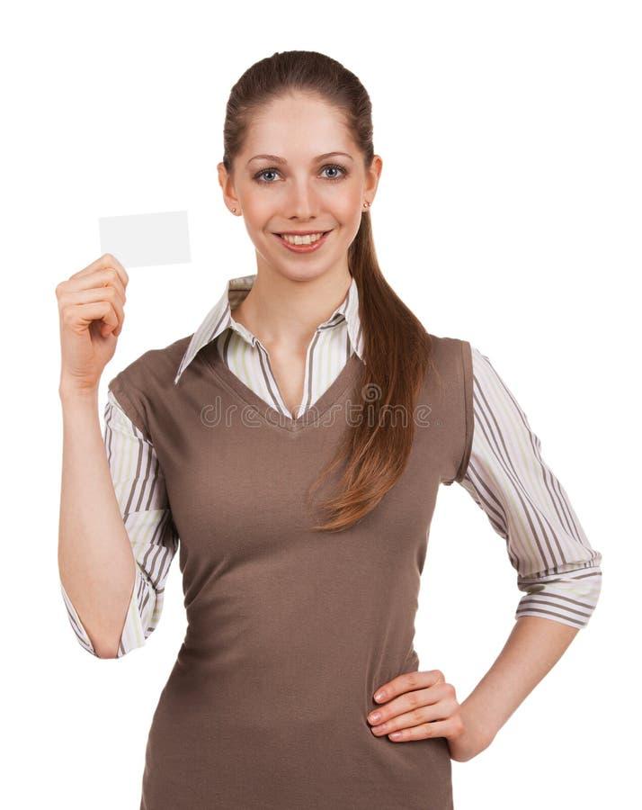 Девушка держа пластичную карточку стоковые изображения