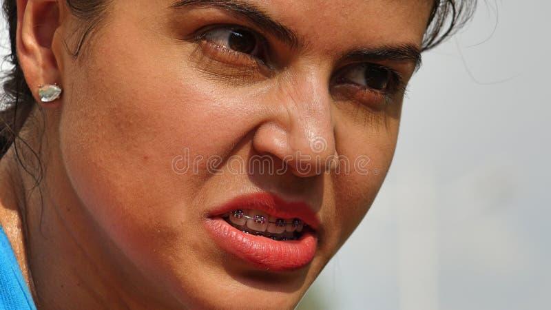 Девушка и гнев меньшинства стоковые фото