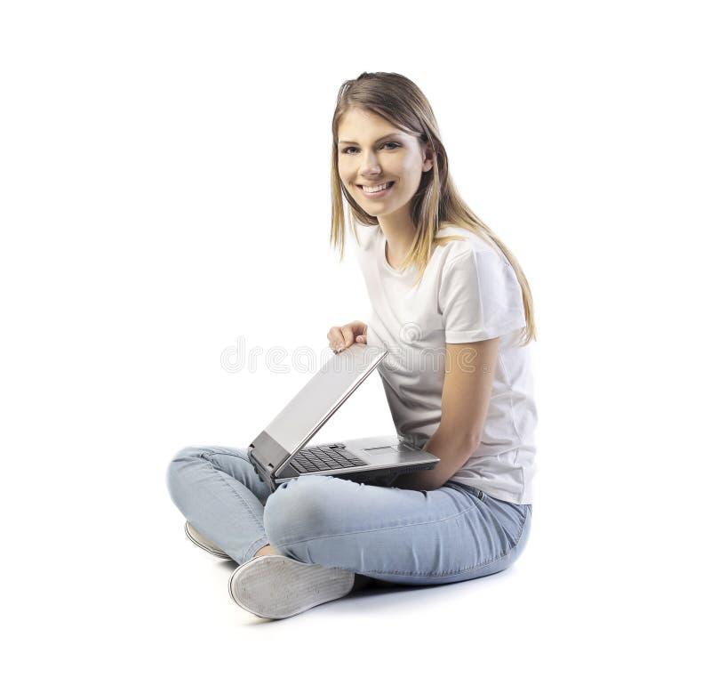 Девушка компьтер-книжки стоковая фотография