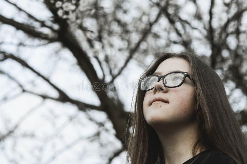 Девушка мечты внешняя стоковое изображение rf