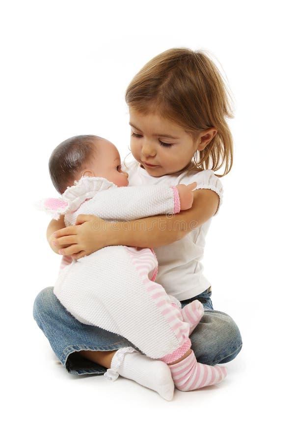 девушка младенца милая ее игрушка стоковые фотографии rf