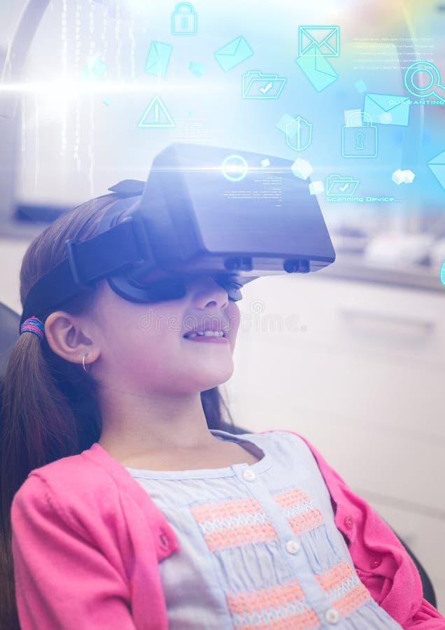 Девушка нося шлемофон виртуальной реальности VR с интерфейсом бесплатная иллюстрация