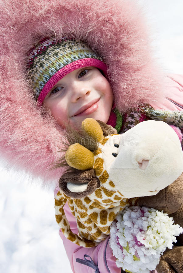 девушка одежды меньшяя зима стоковые изображения rf