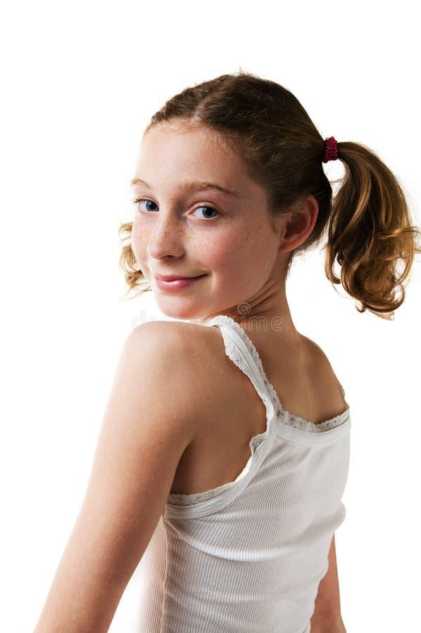 девушка она рассматривая твен плеча стоковое изображение