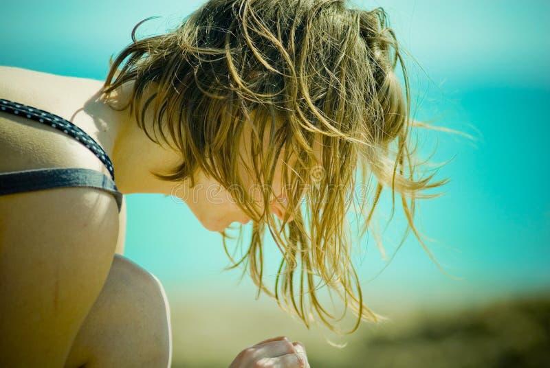 девушка пляжа стоковое изображение rf