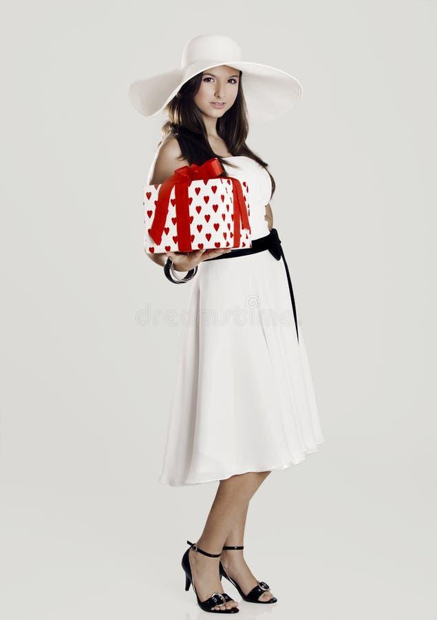 девушка подарка стоковые изображения