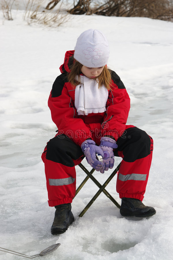 девушка рыболовства стоковая фотография