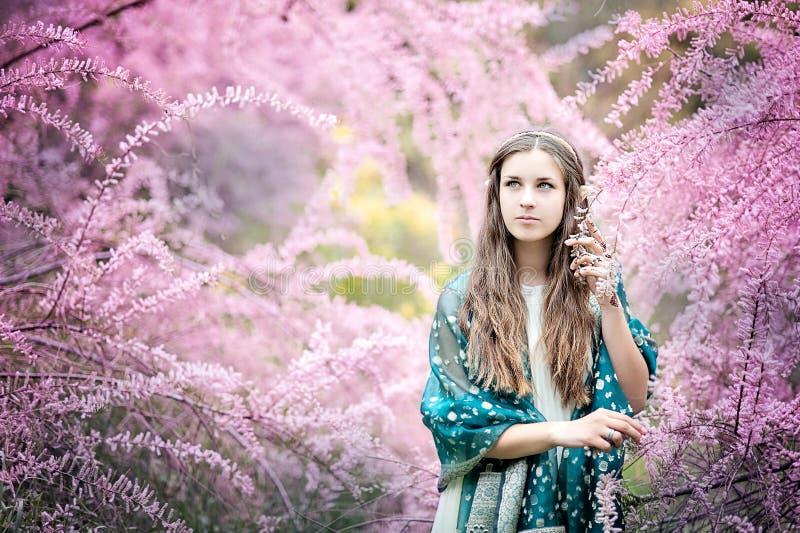 Девушка сказки Portrai мистической женщины эльфа стоковые фотографии rf