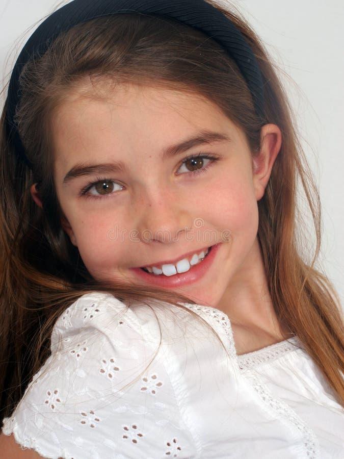 Download девушка счастливая стоковое фото. изображение насчитывающей женщина - 478376