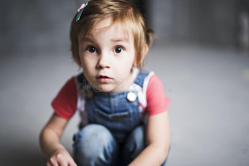 Девушка с большими глазами стоковые изображения