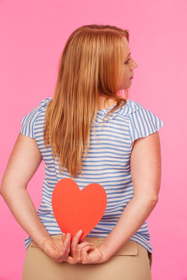 Девушка с сердцем Стоковое Фото