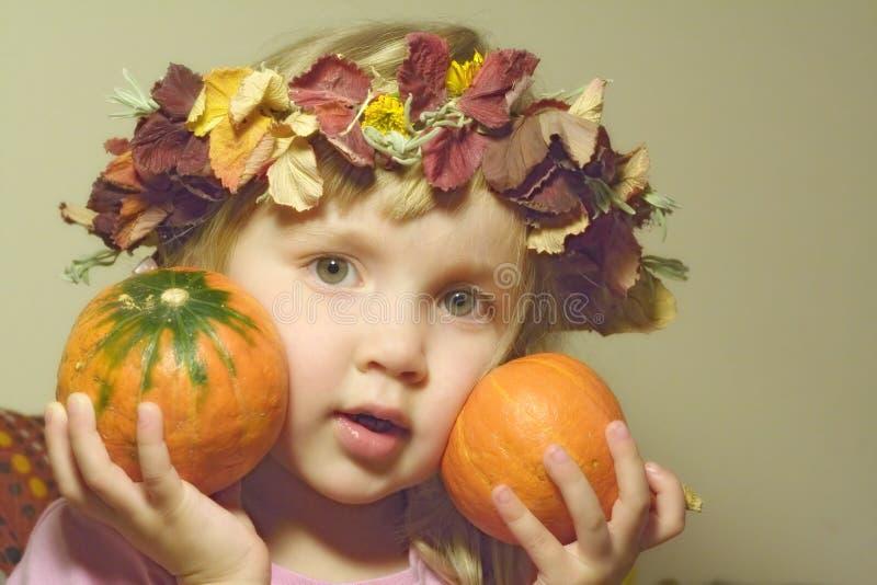 Девушка с тыквами Бесплатное Стоковое Фото
