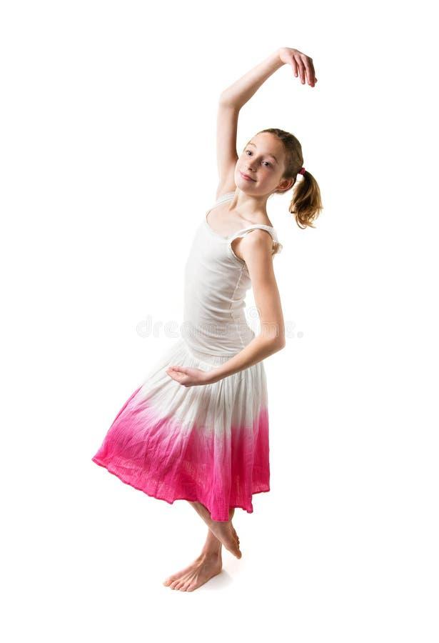 Download девушка танцы стоковое изображение. изображение насчитывающей summery - 18393913