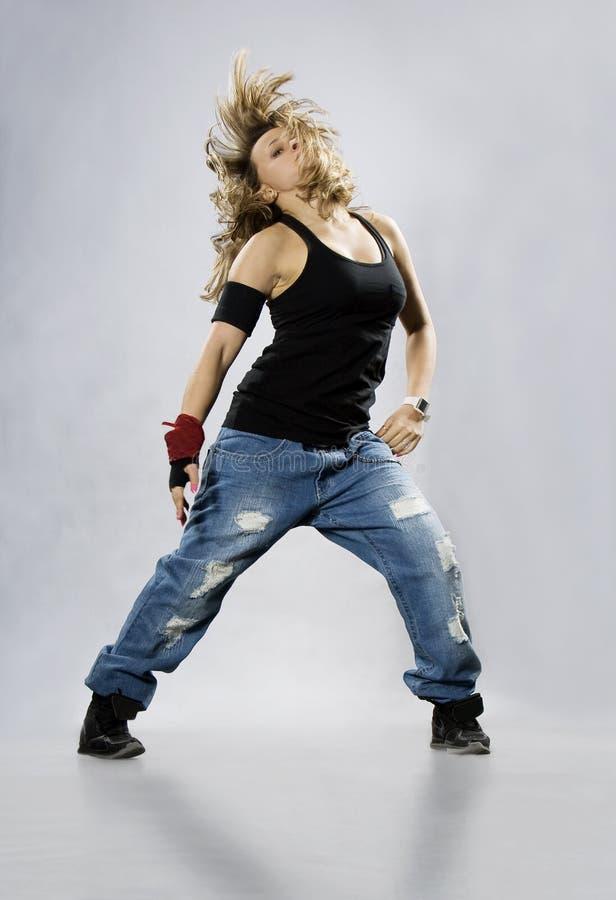 девушка танцы breakdance подростковая стоковые фото