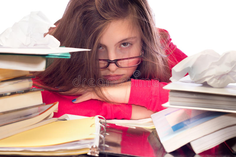 Девушка утомлянная работы школы стоковое фото rf